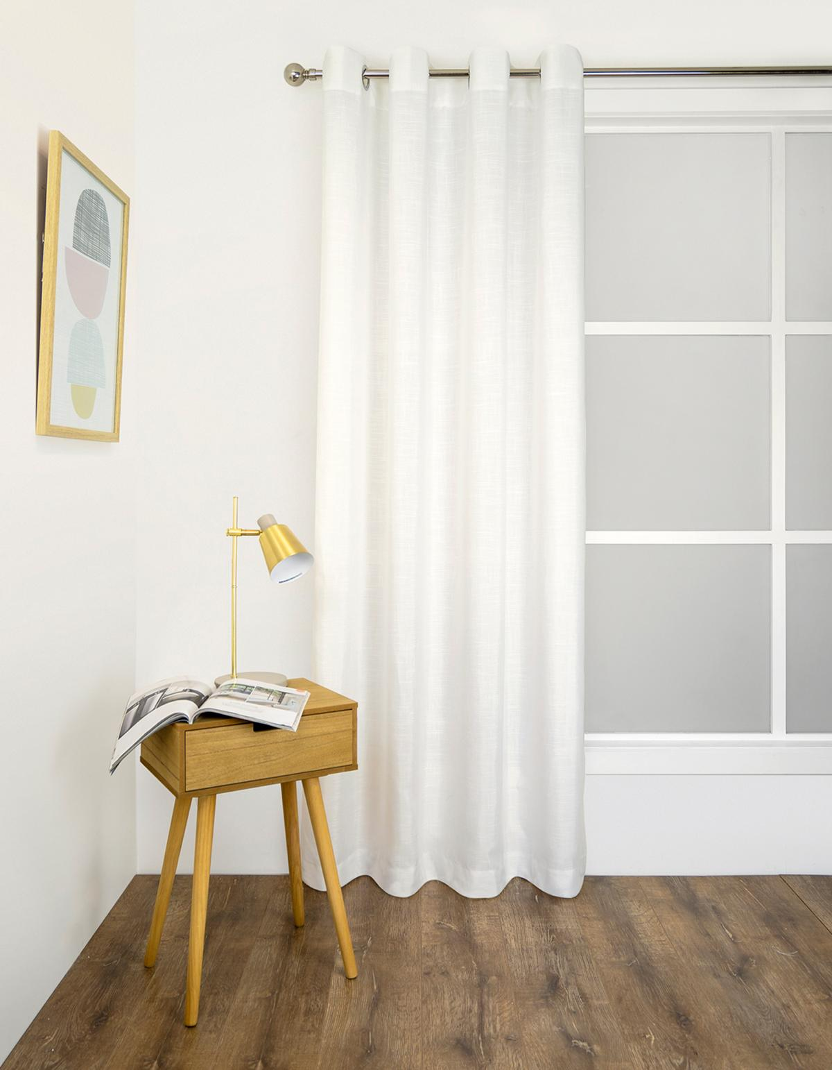<b>Light Filtering Eyelet Curtain</p><p></b>Isla Ivory