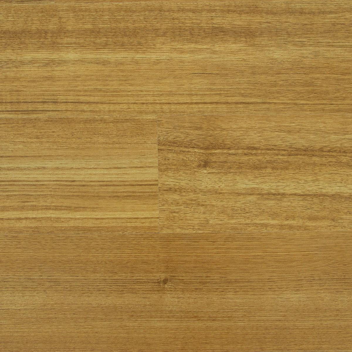 <b> Water Resistant Tasmanian Oak</p><p></b> 12mm Laminate